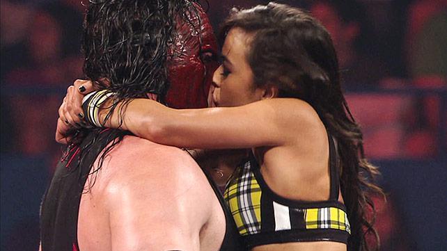 AJ kiss Kane