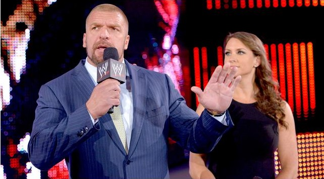 triple-h-stephanie-mcmahon-survivor-series--2013