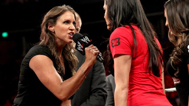stephanie-mcmahon-vs-brie-bella-summerslam