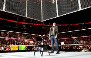 dean-ambrose-hell-in-a-cell