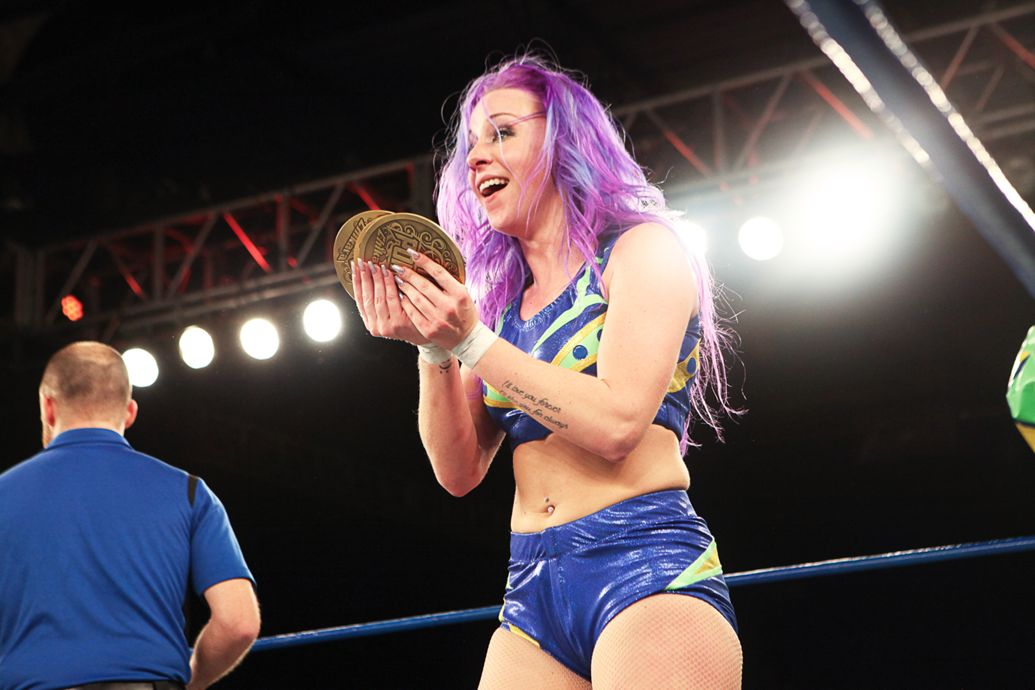 kimber lee grand champion chikara