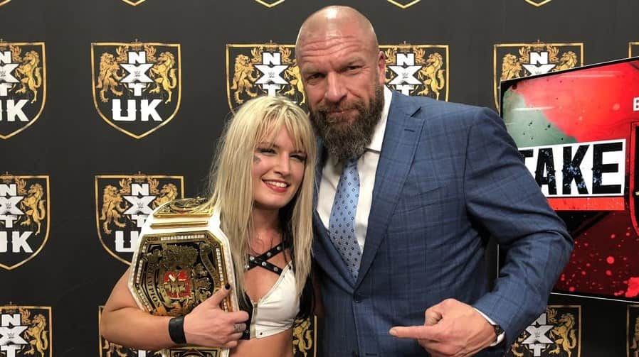 Toni Storm NXT UK Championne